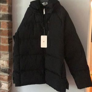 Fabletics MAIA Puffer Jacket size women's large